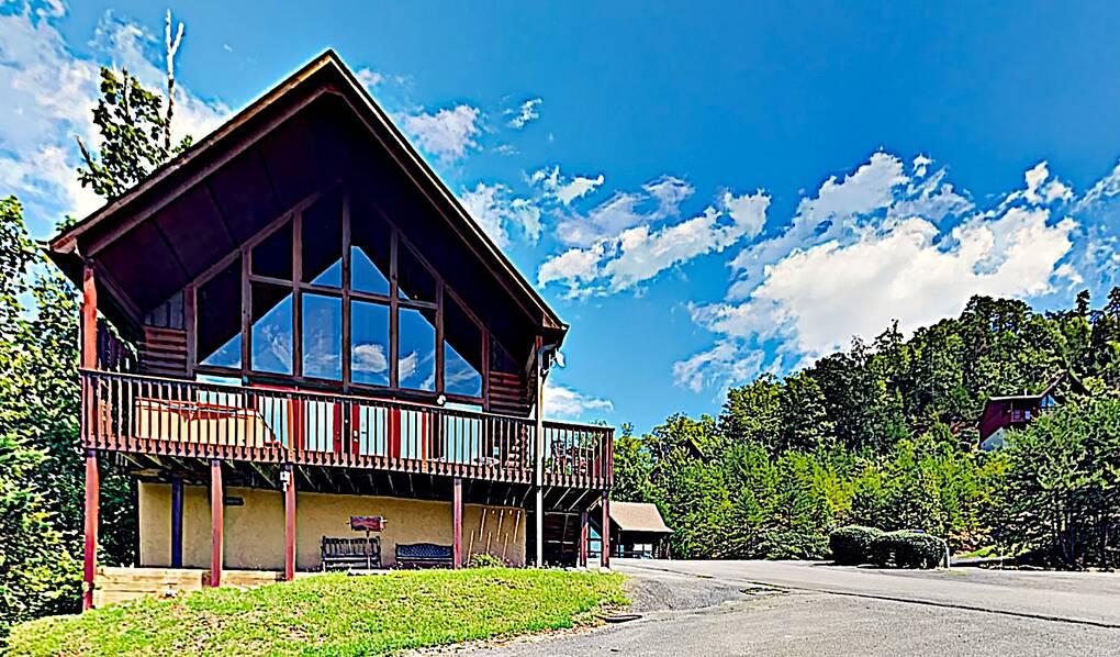 Gatlinburg Calendar Of Events 2022.Adventure Found 2 Bedroom Cabin Rental