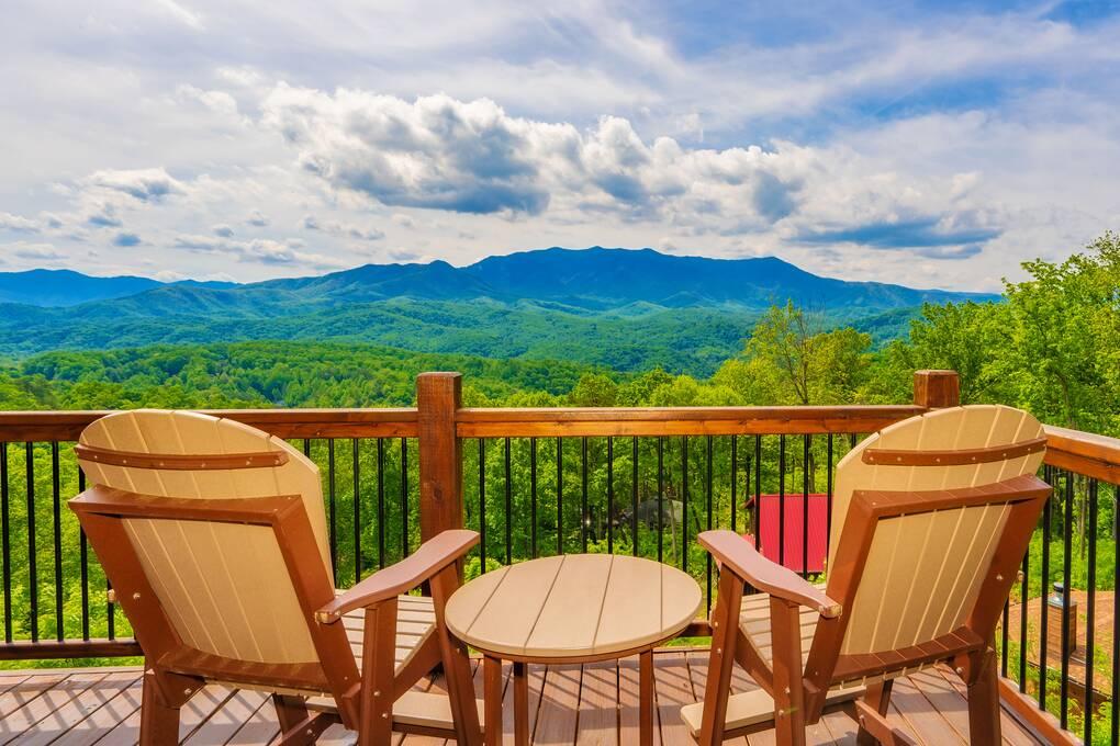 A Beautiful Gatlinburg Dream 1, Shadow Mountain Furniture Statesville Nc