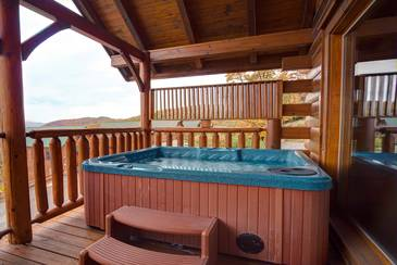 ParadiPoint_Hot Tub-View