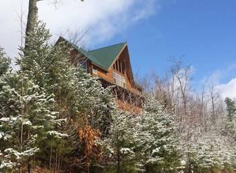 BellagioBea_snow cabin