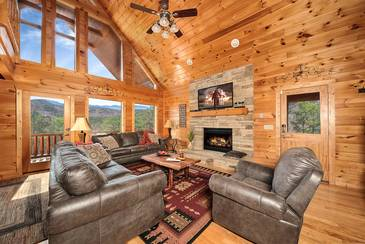 MTFBWYou_TT-May-the-Forest-be-with-You-2016-Living-Room