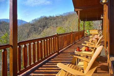 MTFBWYou_TT-May-the-Forest-be-with-You-2016-Deck-Furniture-1-Main-Level