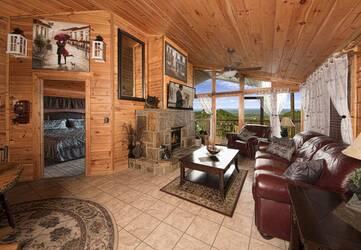 BearlyRusti_Living Room