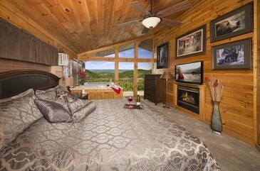 BearlyRusti_Bedroom Angle B2