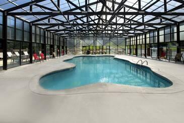 HiddenSprin_Hidden Springs Pool 2