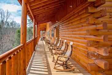 Royal Retreat Lodge