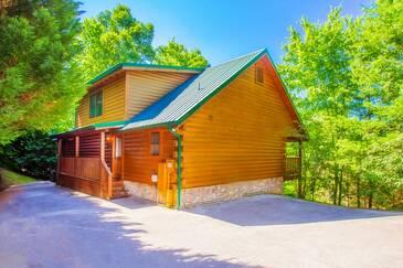 Cub Path Lodge