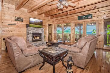 Royal Vista Lodge