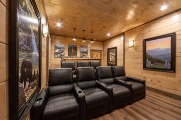 Eagle Summit National Park Lodge