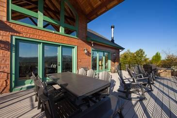 Indigo Falls National Park Lodge