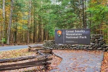 A Smoky Mountain Hide-A-Way
