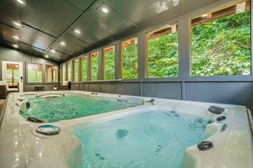 Flowing Waters Lodge