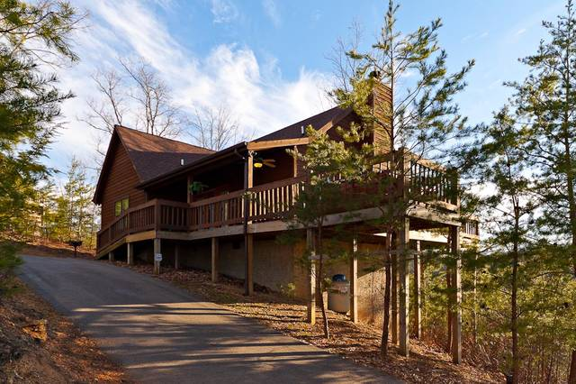 A heavenly view gatlinburg chalets cabin rentals tennessee for Heavenly cabin rentals