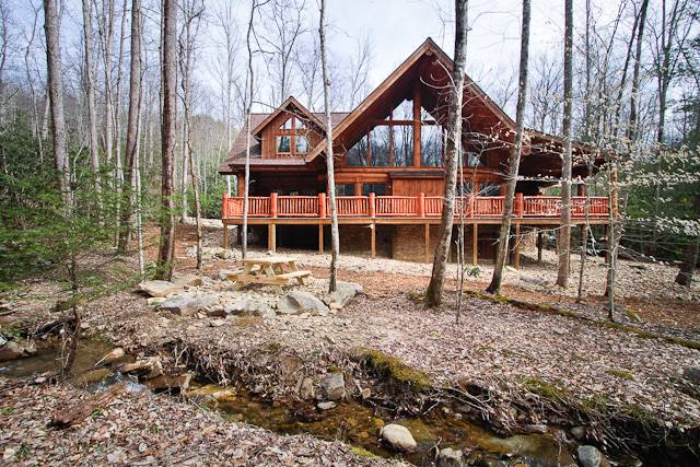 Emma 39 s place gatlinburg chalets cabin rentals tennessee for Large cabin rentals in tennessee