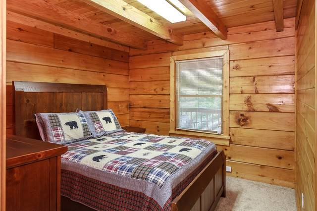 Gone Fishing Gatlinburg Chalets Cabin Rentals Tennessee