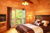 The Hemingway 3 bedroom cabin