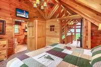 God's Gift 3 bedroom cabin in  Gatlinburg