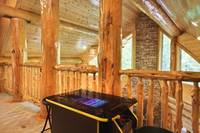 Aiden's Escape 4 bedroom cabin in  Gatlinburg