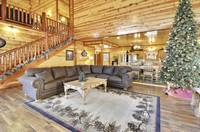 Pick's Place 5 bedroom cabin in  Pigeon Forge