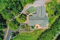 Pinnacle View Lodge