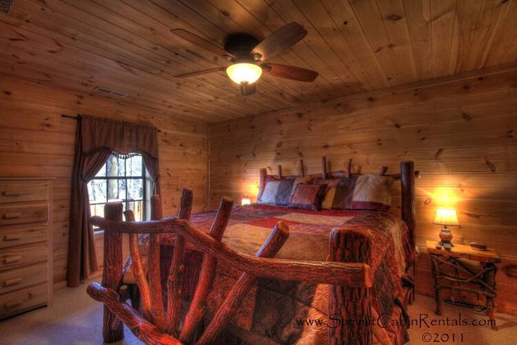 My Runaway Wagon Retreat Pigeon Forge Cabin Rentals