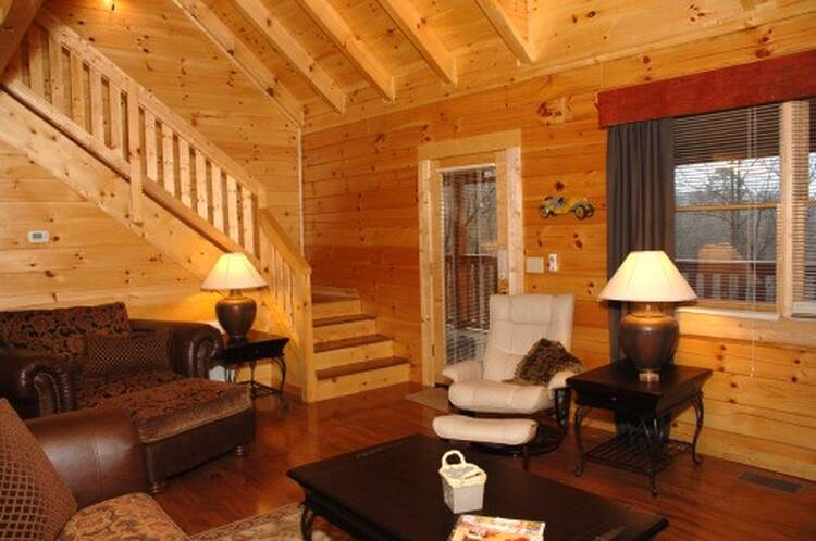 Cozy Cove Inn Pigeon Forge Cabin Rentals 800 547 0948