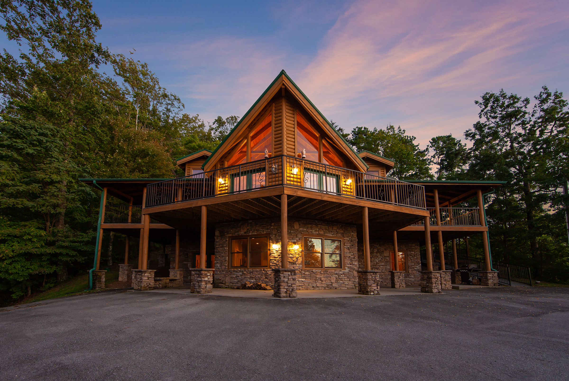 Big Bear Lodge In Sevierville