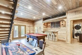 Stone Mountain Lodge