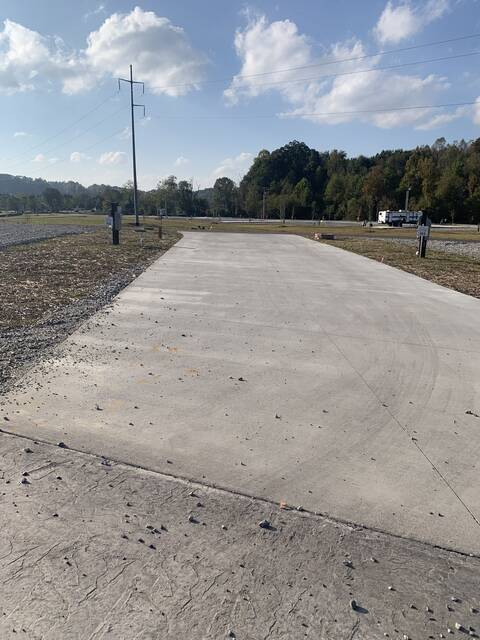 Pull-Through Paved Lot 152