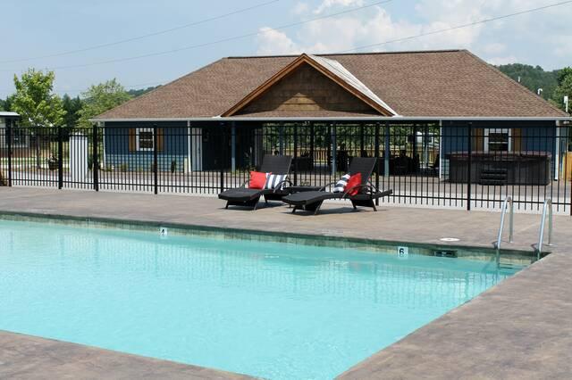 Creekside Premium Paved Lot 128