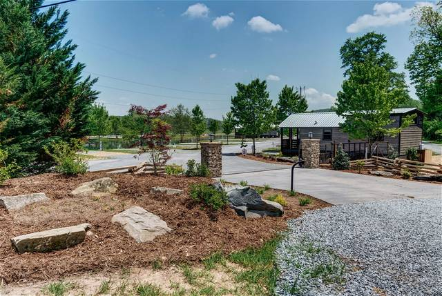 Creekside Paved Lot 33