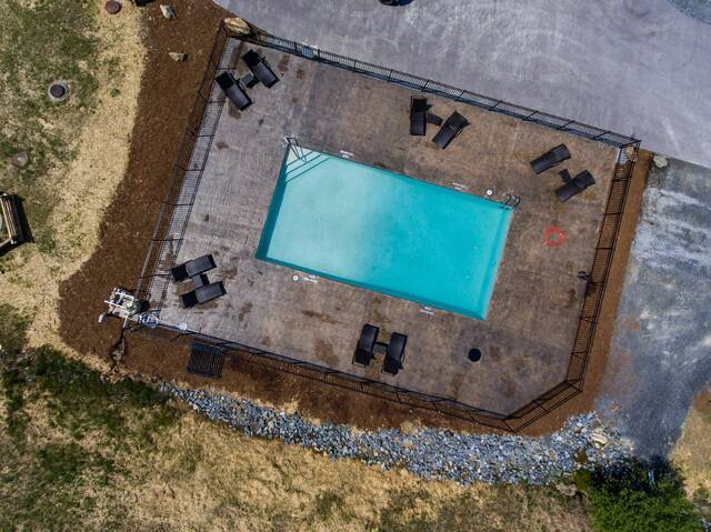 Standard Paved Poolside Lot 54